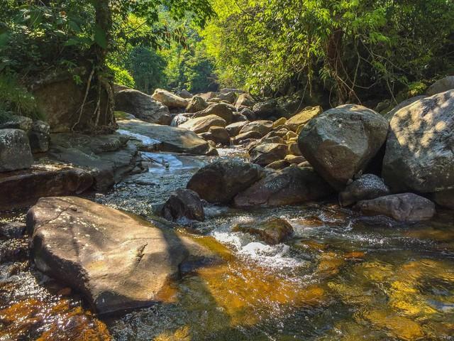Bộ ảnh ghi trọn cảnh thần tiên đẹp đến nao lòng trên đỉnh Ky Quan San: Thu vào tầm mắt muôn trùng nước non chính là đây! - Ảnh 5.