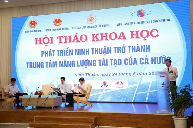 Ninh Thuận quyết tâm trở thành trung tâm năng lượng tái tạo của cả nước - Ảnh 1.