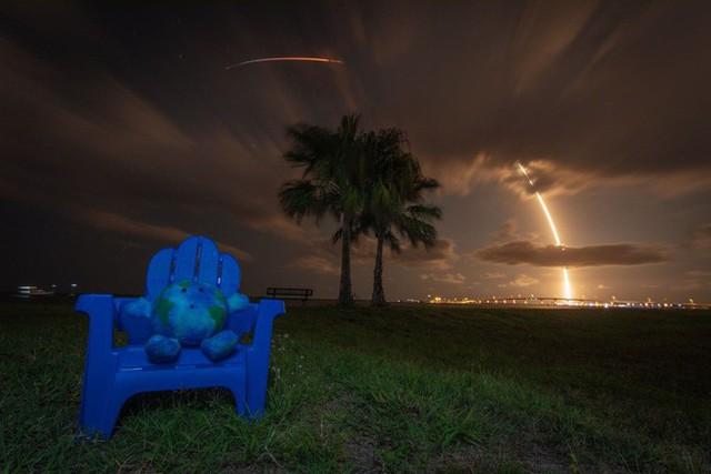 SpaceX phóng thành công 60 vệ tinh đầu tiên của Starlink, dự án cung cấp Internet tốc độ cao cho toàn thế giới - Ảnh 3.