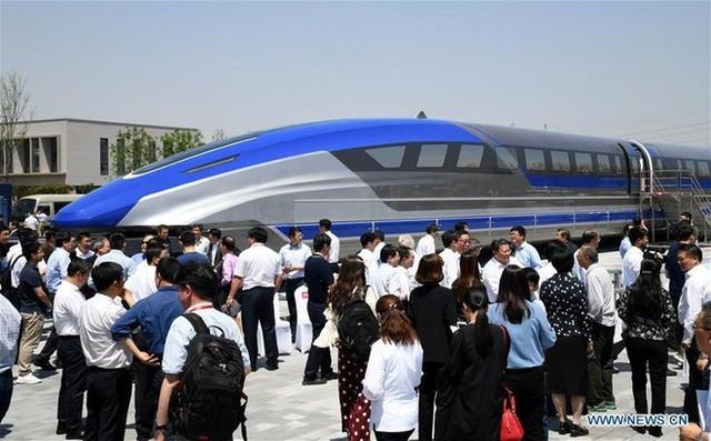 Trung Quốc chạy thử nguyên mẫu tàu đệm từ với vận tốc tối đa 600km/h, thương mại hóa từ năm 2021 - Ảnh 1.