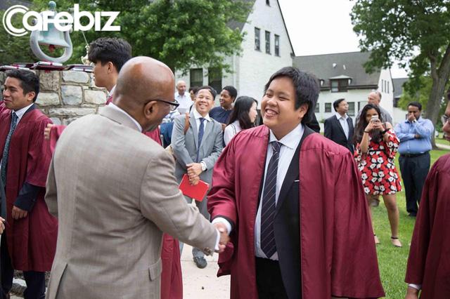 Đọc những chia sẻ xúc động của bố thần đồng Đỗ Nhật Nam trong ngày con trai tốt nghiệp THPT, hiểu vì sao họ nuôi dưỡng nên một tài năng khác biệt!  - Ảnh 4.
