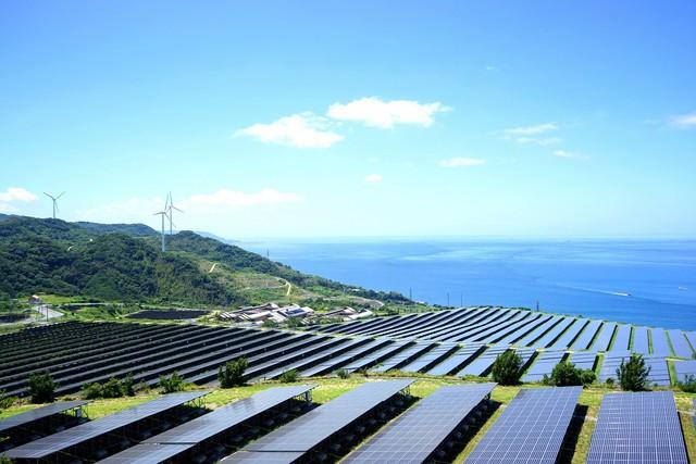Sếp JLL Việt Nam: Năng lượng tái tạo lọt vào tầm ngắm của nhà đầu tư - Ảnh 2.