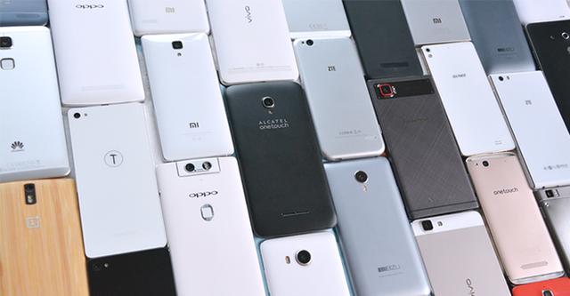 Oppo, Xiaomi hay OnePlus, ai sẽ thay Huawei thách thức Samsung ở phân khúc cao cấp? - Ảnh 1.
