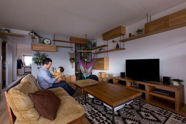 Căn hộ 85m² đẹp dịu dàng và ấm áp với màu gỗ của gia đình trẻ ở Nhật Bản - Ảnh 1.