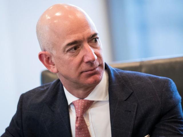 7 sự thật đáng kinh ngạc về Jeff Bezos sẽ cho bạn biết người giàu nhất thế giới giàu đến mức nào! - Ảnh 2.