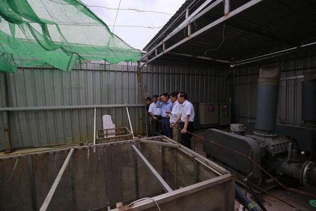 Ông Dũng lò vôi uống nước thải đã xử lý trước mặt Bộ trưởng TN-MT - Ảnh 8.