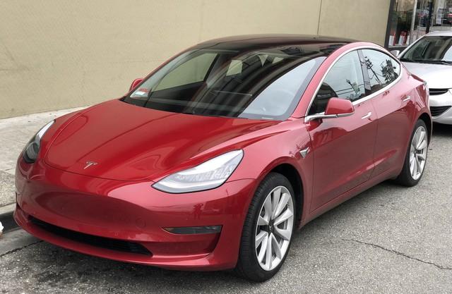 Tesla đang đối mặt với khủng hoảng nghiêm trọng nhất trong trong 5 năm gần đây - Ảnh 2.