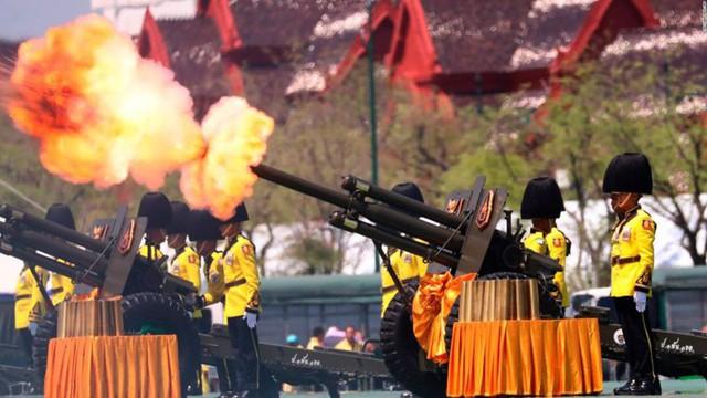 Toàn cảnh lễ đăng quang của Nhà vua Thái Lan Rama X - Ảnh 11.