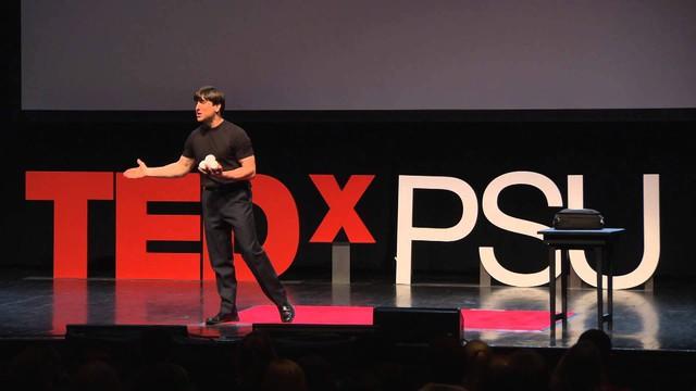 8 Ted talk bạn nên nghe để cuộc sống thêm cân bằng và hạnh phúc - Ảnh 2.