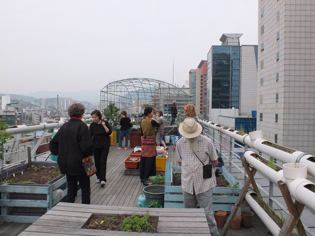 Bí quyết nào đã giúp Hàn Quốc đạt được kỳ tích tăng tỉ lệ tái chế thực phẩm dư thừa từ 2% lên tới 95%? - Ảnh 2.