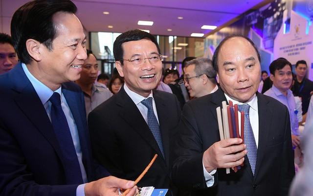 Những cung bậc cảm xúc tại Diễn đàn quốc gia Phát triển doanh nghiệp công nghệ Việt Nam 2019 - Ảnh 2.