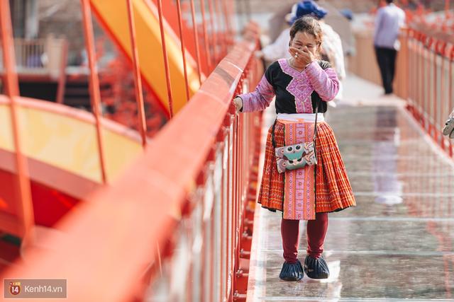 Tranh cãi xoay quanh yếu tố thẩm mỹ của cây cầu 5D đang gây sốt ở Mộc Châu: Khen đẹp thì ít nhưng chê bai sến súa, lạc lõng nhiều vô kể - Ảnh 18.