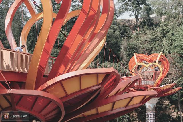 Tranh cãi xoay quanh yếu tố thẩm mỹ của cây cầu 5D đang gây sốt ở Mộc Châu: Khen đẹp thì ít nhưng chê bai sến súa, lạc lõng nhiều vô kể - Ảnh 32.