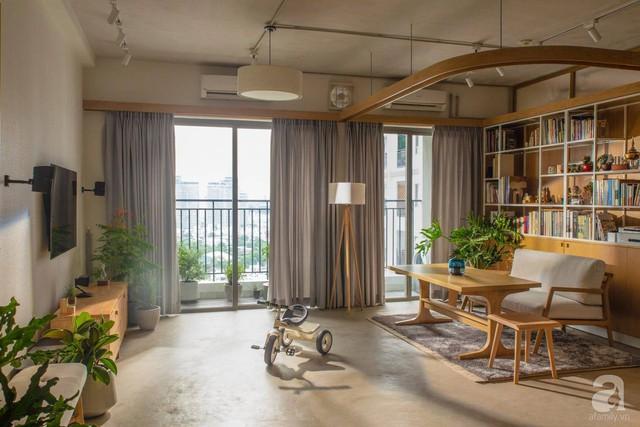 Cuộc sống vừa đủ của gia đình từ bỏ ngôi nhà rộng 200m² để chuyển đến căn hộ 70m² ngập tràn ánh sáng ở Sài Gòn - Ảnh 5.