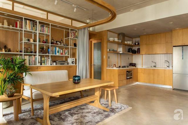 Cuộc sống vừa đủ của gia đình từ bỏ ngôi nhà rộng 200m² để chuyển đến căn hộ 70m² ngập tràn ánh sáng ở Sài Gòn - Ảnh 7.
