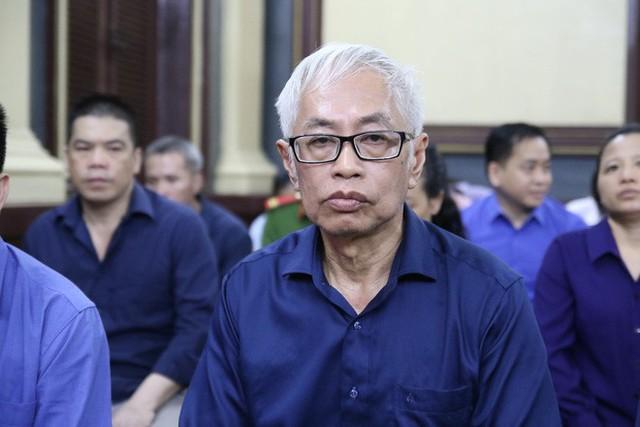 Nguyên Tổng giám đốc Ngân hàng Đông Á: Nếu có kiếp sau xin làm trâu làm ngựa bù đắp lỗi lầm - Ảnh 1.