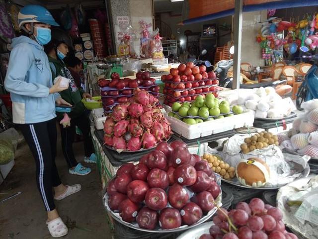 Vương quốc trái cây Việt thất thủ: Tiên trách kỷ, hậu trách nhân - Ảnh 1.