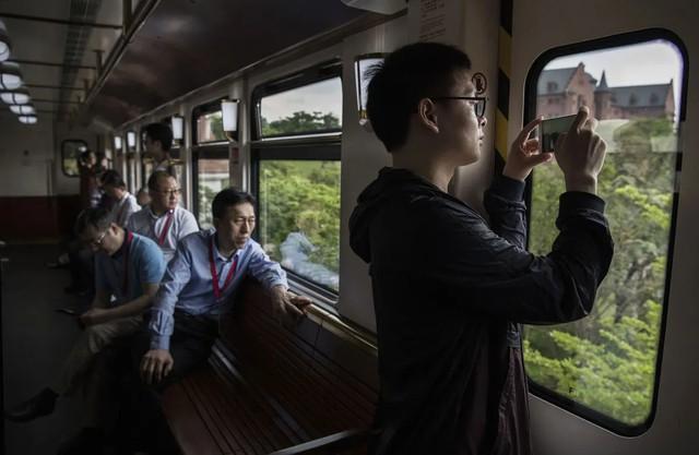 Đại bản doanh của Huawei ở Trung Quốc đẹp tựa châu Âu thu nhỏ, nhân viên đi làm mà cứ như đi nghỉ dưỡng - Ảnh 20.
