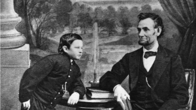 Cuộc đời bi kịch của Đệ nhất phu nhân Mỹ nhiều tai tiếng Mary Todd Lincoln - Ảnh 4.