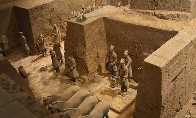 Tại sao không được phá tường giữa các chiến binh đất nung trong lăng Tần Thủy Hoàng? - Ảnh 3.