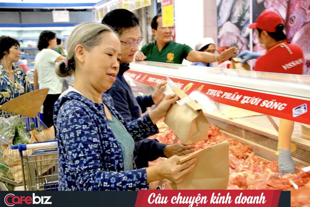 """Sau hiệu ứng tốt từ chiến dịch """"quét sạch"""" ống hút nhựa, Saigon Co.op tiếp tục triển khai Ngày không túi nilon trên toàn hệ thống hơn 600 siêu thị - Ảnh 1."""