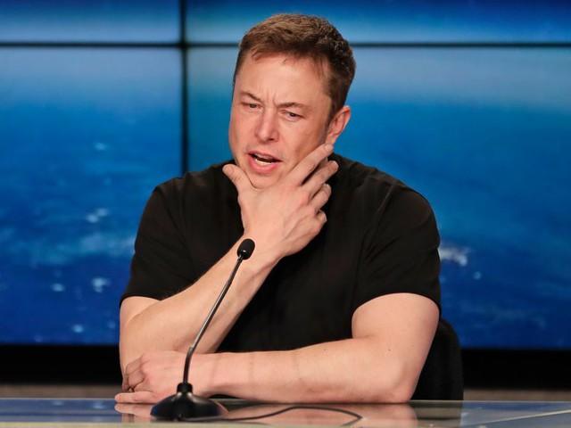 Hãy xem chừng: Trâu mộng Tesla sắp quay lại đường đua - Ảnh 2.