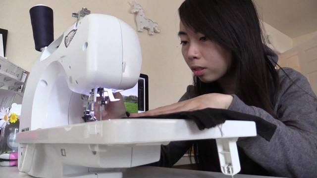 Nữ sáng lập startup gốc Việt tạo ra chiếc áo khoác chống đạn đầu tiên trên thế giới, trông như áo hoodie nhưng lợi hại ngang áo chuyên dụng của cảnh sát Mỹ! - Ảnh 2.