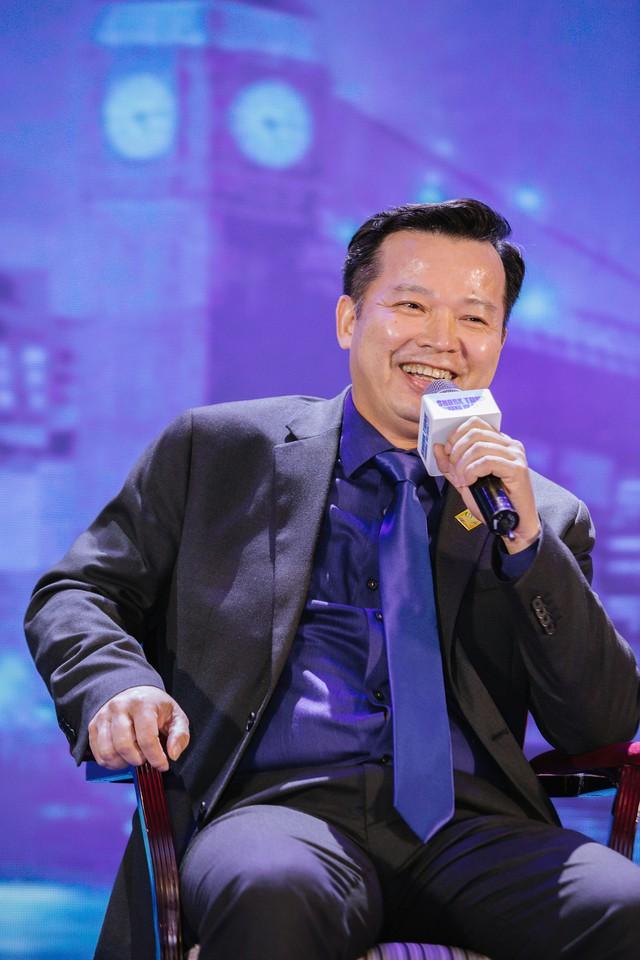 Định giá startup: Shark Hưng tin vào sự cảm tính, Shark Phi nhìn về con người, Shark Việt quan tâm nhất là tầm nhìn của founder - Ảnh 2.