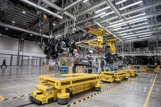 Hôm nay, VinFast khánh thành nhà máy sản xuất ô tô, lập kỷ lục thế giới về tốc độ chỉ trong 21 tháng - Ảnh 3.