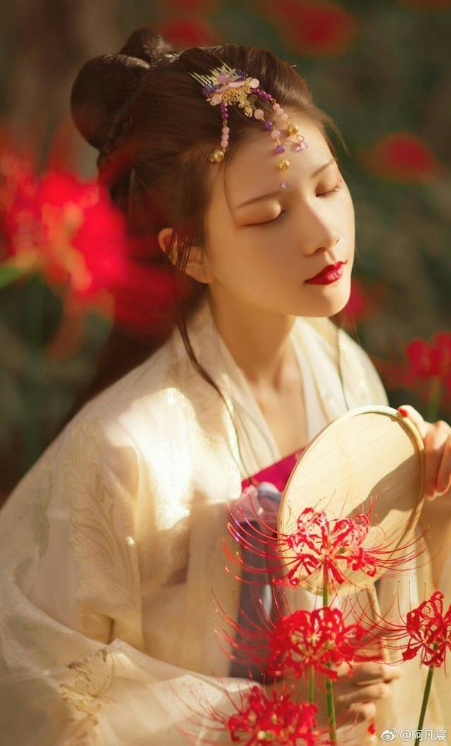 Phụ nữ sinh vào tháng âm lịch này thì hôn nhân hạnh phúc viên mãn, chồng ăn nên làm ra, con cái lại hiếu thảo thành đạt - Ảnh 2.