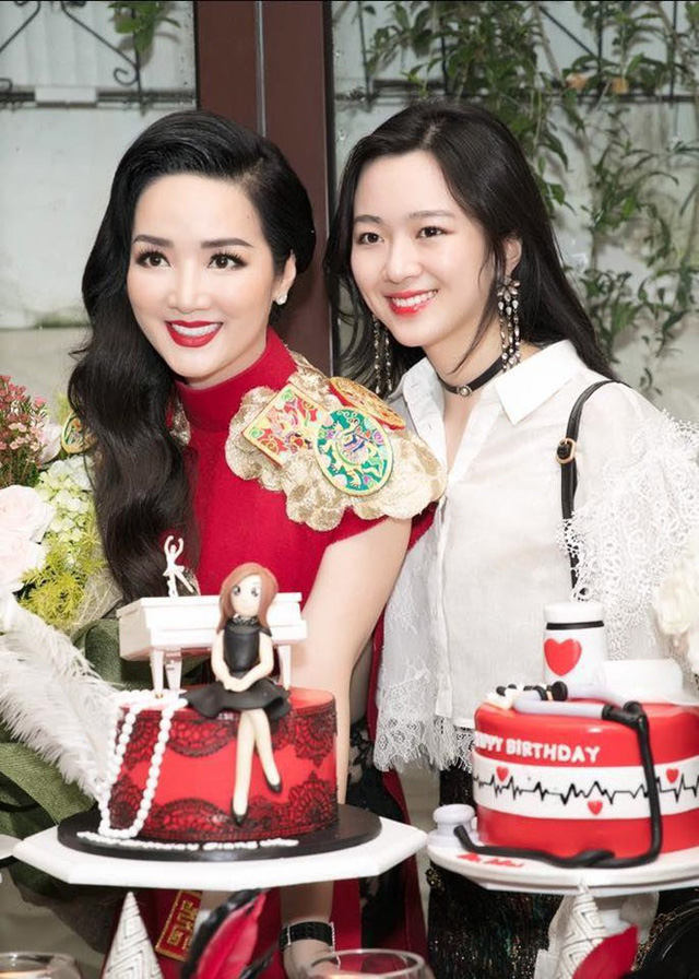 Những ái nữ Việt sinh ra đã ở vạch đích: người xinh đẹp nức tiếng, người sớm hưởng gen kinh doanh cực mạnh - Ảnh 16.