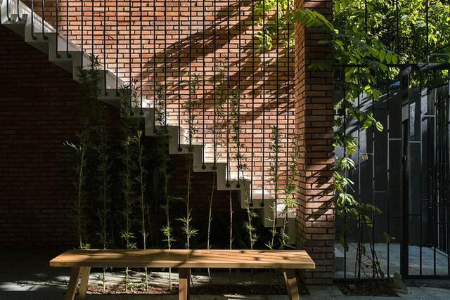 Ngôi nhà nhỏ trong ngôi nhà lớn tại Đà Nẵng trên báo ngoại - Ảnh 8.