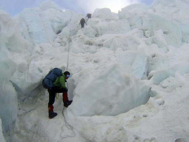 Thác băng - địa điểm đáng sợ nhất trên Everest