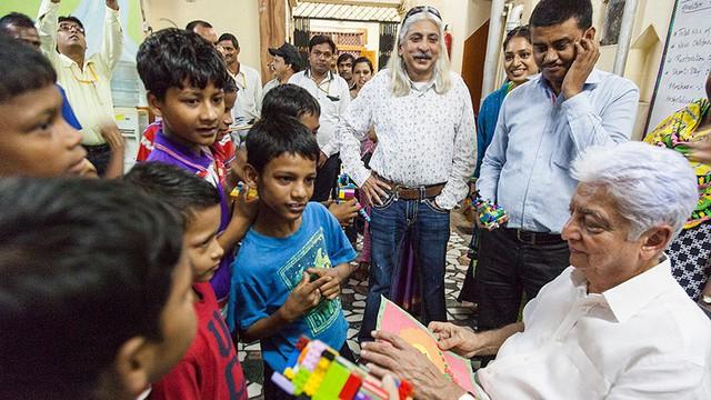 Chân dung ông vua phần mềm Azim Premji: Xây dựng đế chế công nghệ thông tin hàng đầu Ấn Độ từ công ty sản xuất dầu thực vật - Ảnh 3.