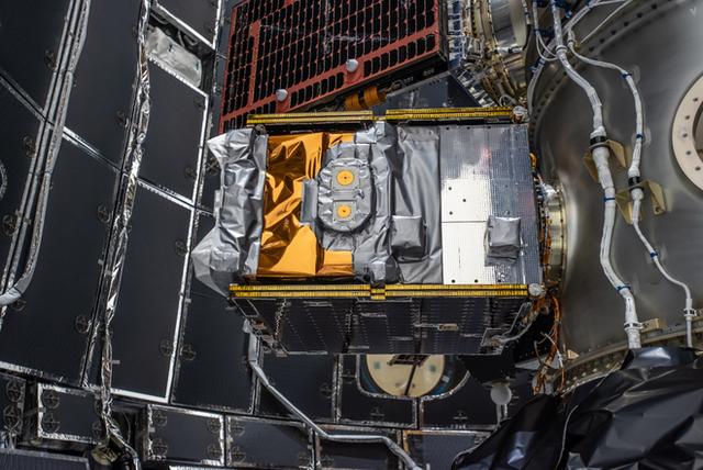 Ba nghiên cứu vừa đi theo tàu Falcon Heavy lên Vũ trụ sẽ thay đổi thế giới: buồm ánh sáng, nhiên liệu tên lửa sạch và đồng hồ nguyên tử - Ảnh 5.