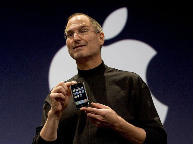 Jony Ive thực ra đã nghỉ việc từ vài năm trước và đó chính là lý do tại sao Apple dậm chân tại chỗ về thiết kế - Ảnh 3.