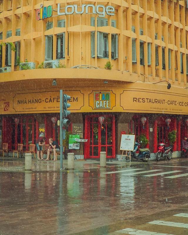 Nhìn lại những hình ảnh thân quen của Ciao Cafe Nguyễn Huệ trước khi biểu tượng này chính thức biến mất khỏi Sài Gòn - Ảnh 14.