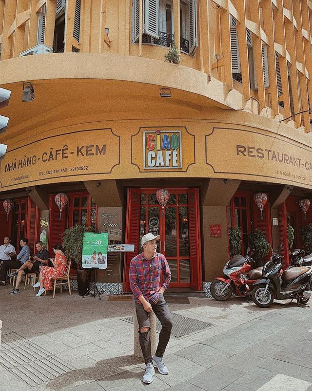 Nhìn lại những hình ảnh thân quen của Ciao Cafe Nguyễn Huệ trước khi biểu tượng này chính thức biến mất khỏi Sài Gòn - Ảnh 15.