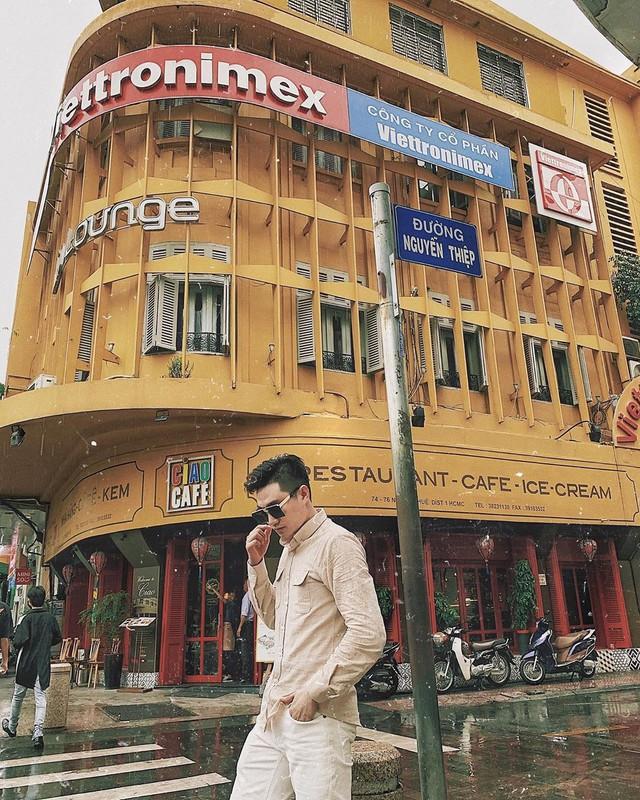Nhìn lại những hình ảnh thân quen của Ciao Cafe Nguyễn Huệ trước khi biểu tượng này chính thức biến mất khỏi Sài Gòn - Ảnh 3.