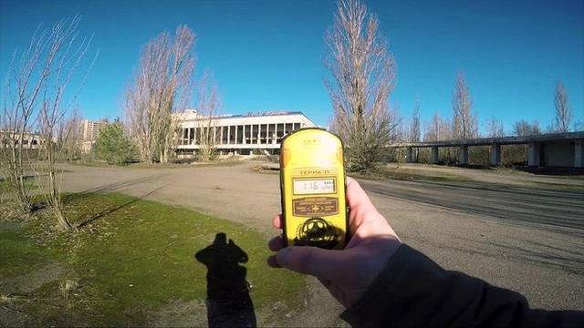 Tôi bị đốt bởi một con muỗi nhiễm xạ ở Chernobyl - Ảnh 3.
