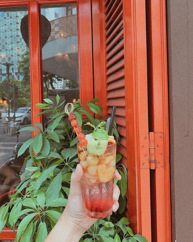 Nhìn lại những hình ảnh thân quen của Ciao Cafe Nguyễn Huệ trước khi biểu tượng này chính thức biến mất khỏi Sài Gòn - Ảnh 9.