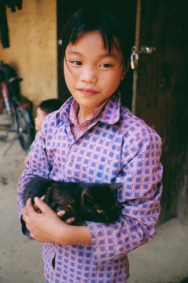 """Cuộc trò chuyện lúc nửa đêm với cô gái đi Hà Giang để """"gom về một vườn trẻ"""": Chỉ mong các em mãi giữ được sự thuần khiết như hoa như sương vùng đất này - Ảnh 16."""