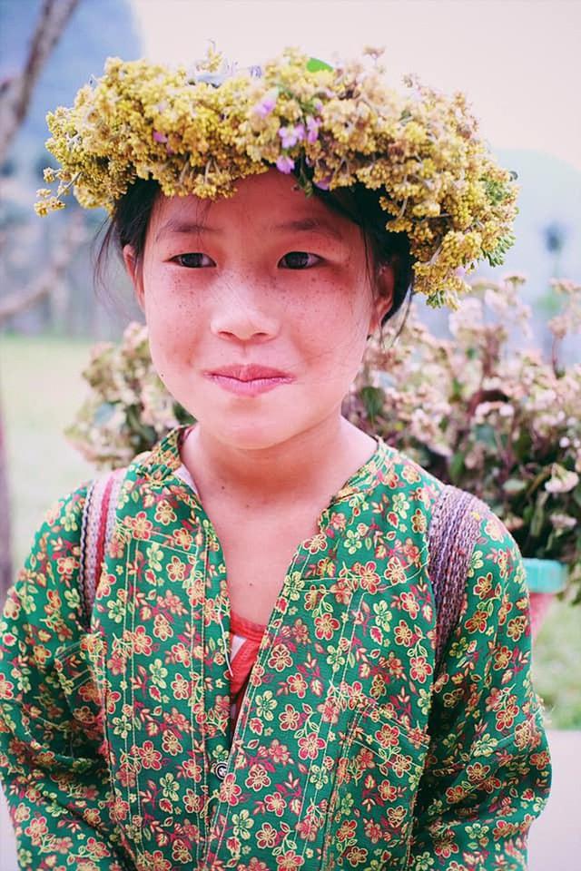 """Cuộc trò chuyện lúc nửa đêm với cô gái đi Hà Giang để """"gom về một vườn trẻ"""": Chỉ mong các em mãi giữ được sự thuần khiết như hoa như sương vùng đất này - Ảnh 39."""