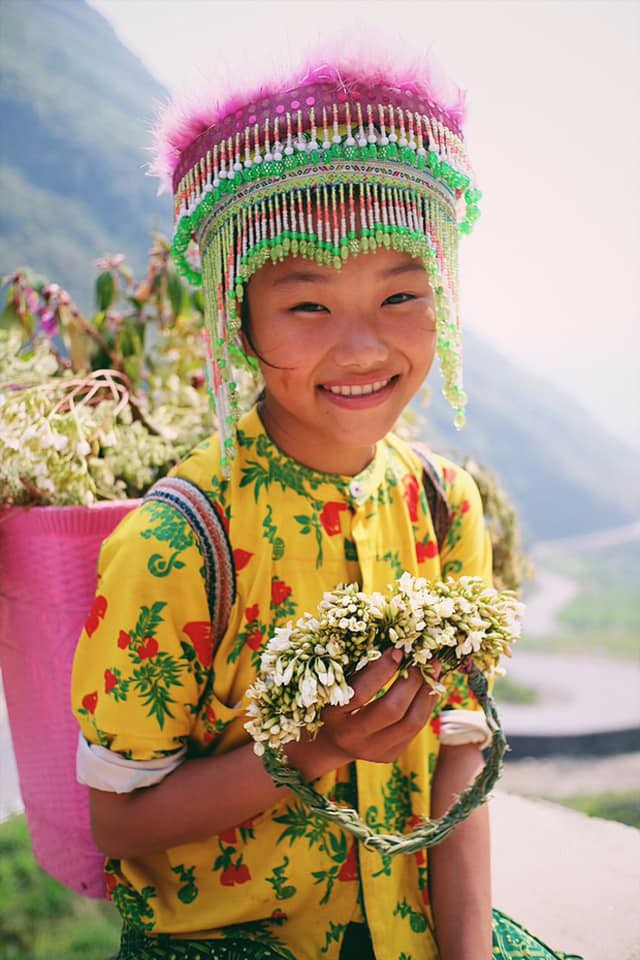 """Cuộc trò chuyện lúc nửa đêm với cô gái đi Hà Giang để """"gom về một vườn trẻ"""": Chỉ mong các em mãi giữ được sự thuần khiết như hoa như sương vùng đất này - Ảnh 40."""