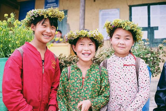 """Cuộc trò chuyện lúc nửa đêm với cô gái đi Hà Giang để """"gom về một vườn trẻ"""": Chỉ mong các em mãi giữ được sự thuần khiết như hoa như sương vùng đất này - Ảnh 7."""