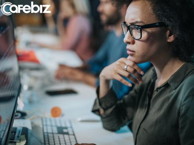Điểm khác biệt của nhân viên chăm chỉ và nhân viên xuất sắc: 5 lối hành xử tạo nên sự phân cấp nghìn trùng về năng lực, tiền tài, thăng tiến - Ảnh 1.