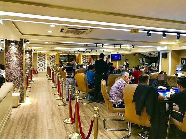 Đường dây đánh bạc quý tộc quy mô lớn ở Hà Nội - Ảnh 1.
