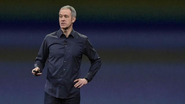 Việc Jony Ive rời đi hé lộ CEO tiếp theo tại Apple là ai - Ảnh 1.