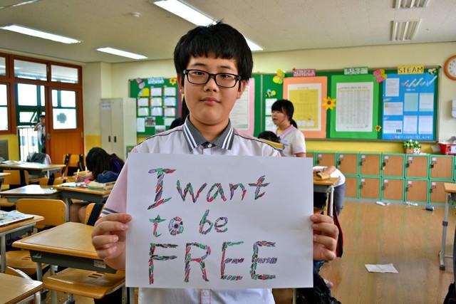Từ bộ phim Ký sinh trùng đến đời thực ở Hàn Quốc: Văn hóa Học hoặc chết trong xã hội trọng bằng cấp (P.4) - Ảnh 4.