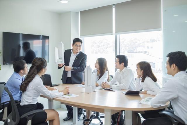 Doanh nghiệp BĐS uy tín được bình chọn là nơi làm việc tốt nhất châu Á 2019 - Ảnh 1.